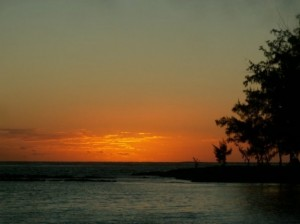 Sunrise_from_bel_mar_beach, Mauritius