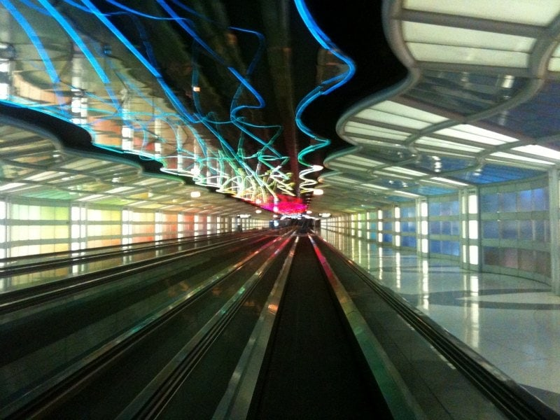 Underground-people-mover-at-Chicago-OHare-airport
