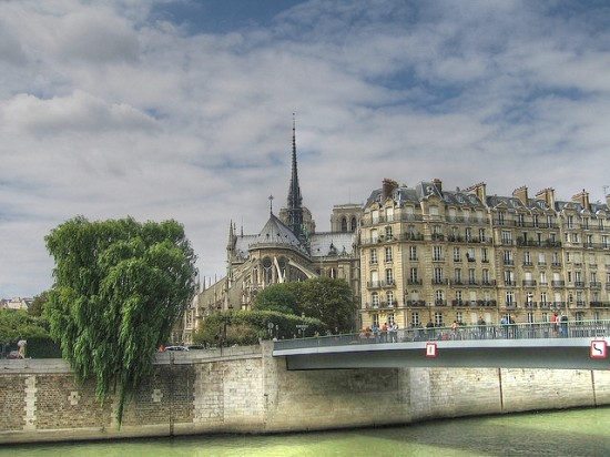 Paris neighborhood with Notre Dame