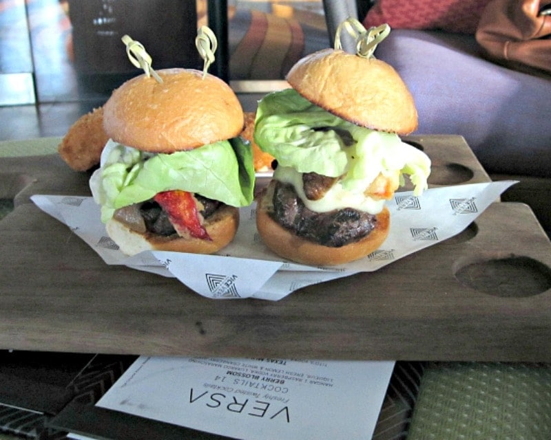 Surf & turf sliders at Vice Versa, Vdarra