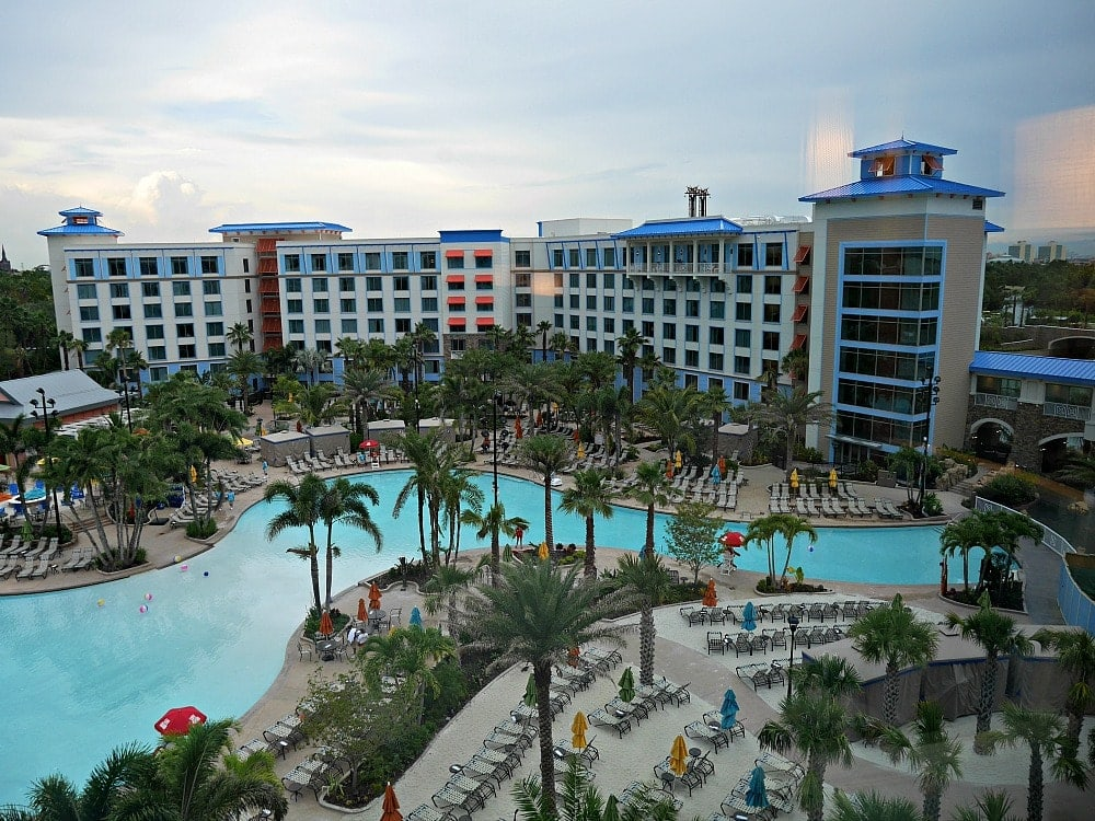 pool area at sapphire falls resorts at universal orlando