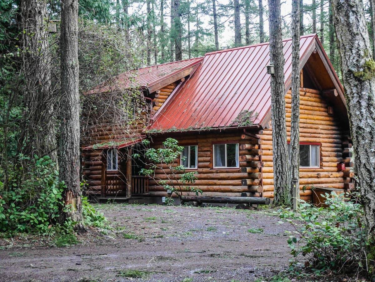 log cabin at Lakedale Resort Friday Harbor