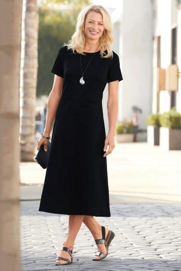 indispensable basic short sleeve dress black