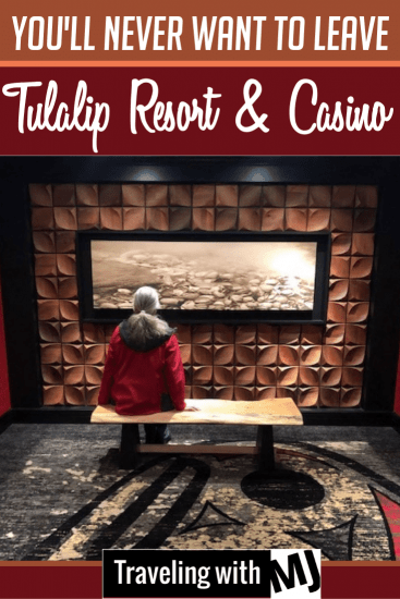 Looking at art at Tulalip Resort & Casino