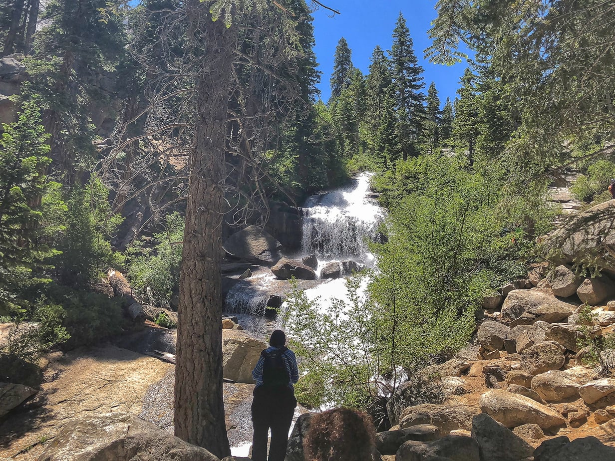 One of the best summer Mammoth activities, there are lots of hiking trails for you to wander in Mammoth Lakes, regardless of your fitness level.