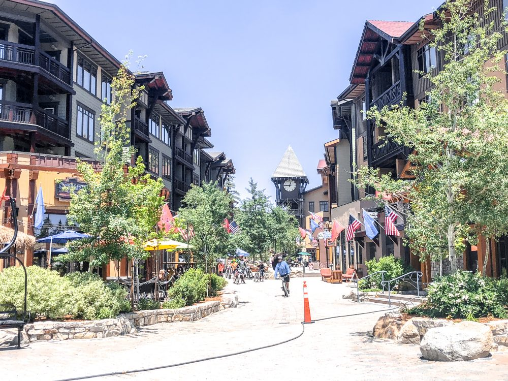 For your retail, culinary and nightlife needs, The Village at Mammoth is a one-stop destination.